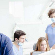 Tips for Choosing an Implant Dentist