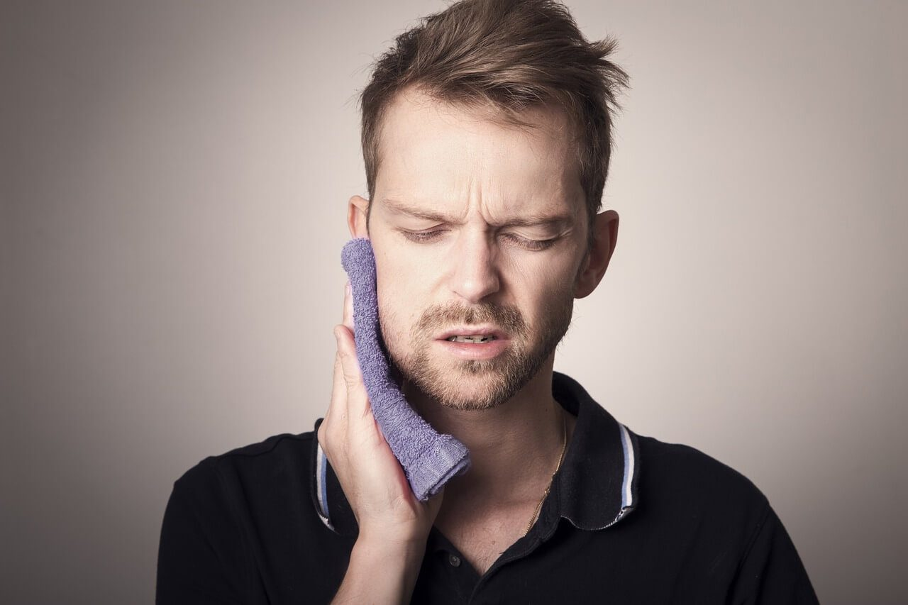 Signs You Might Need to Have Your Wisdom Teeth Removed